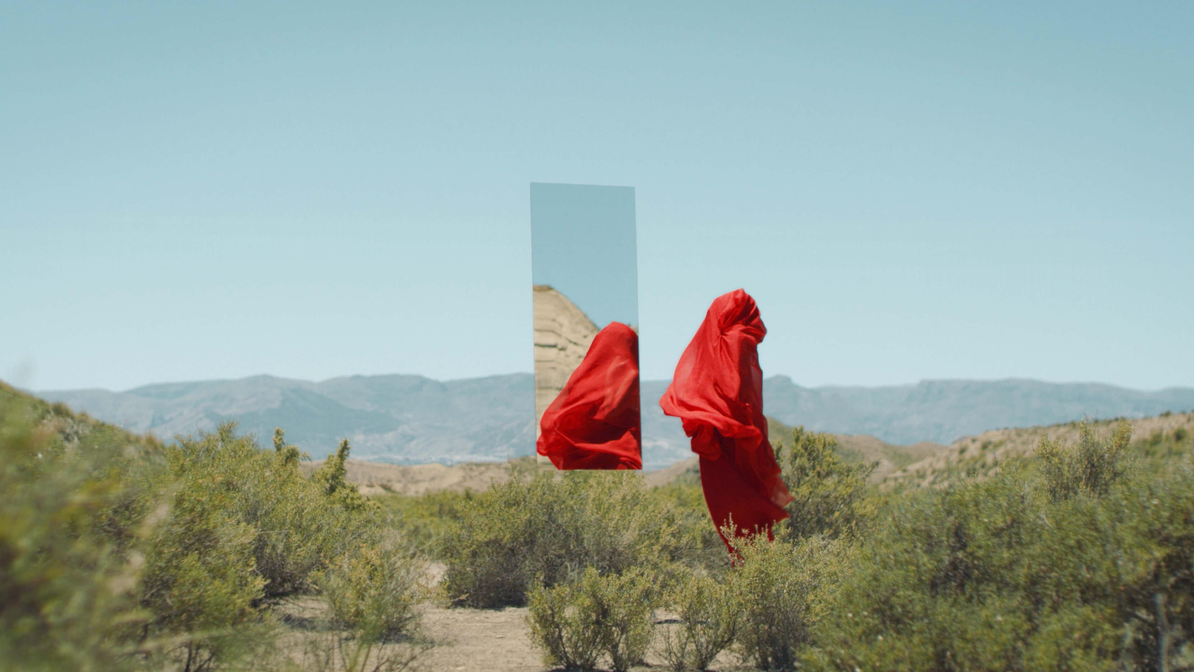 En El Aire – music video